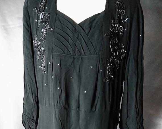 Vintage 1920's dress, black Crepe de chine, drop waisted evening dress, sequin embellishment, flapper