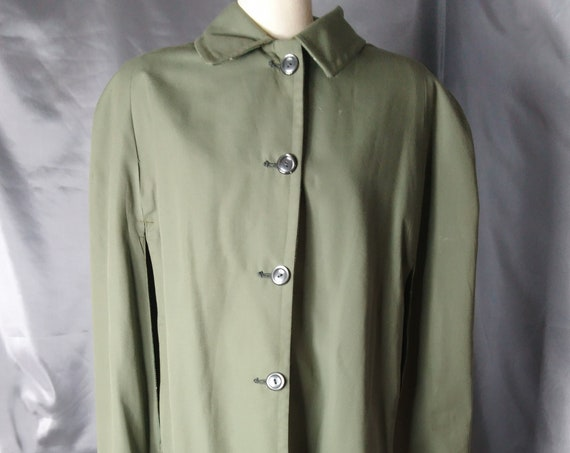 Vintage 50's Cape, olive green and plaid, reversible, cotton and Welsh wool