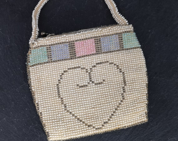 Vintage 40's beaded purse, sweet love heart coin purse