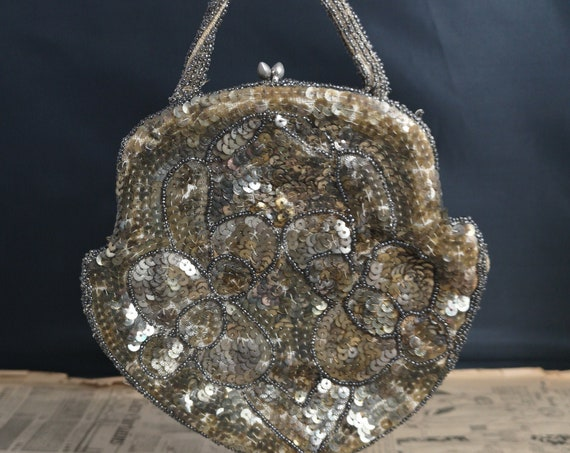 Vintage French evening purse, Art Deco, beadwork and sequin