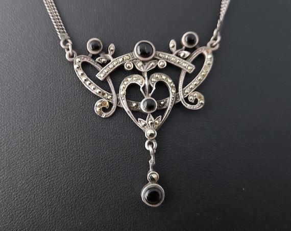 Art Deco 1920's silver pendant, onyx and marcasite, vintage necklet