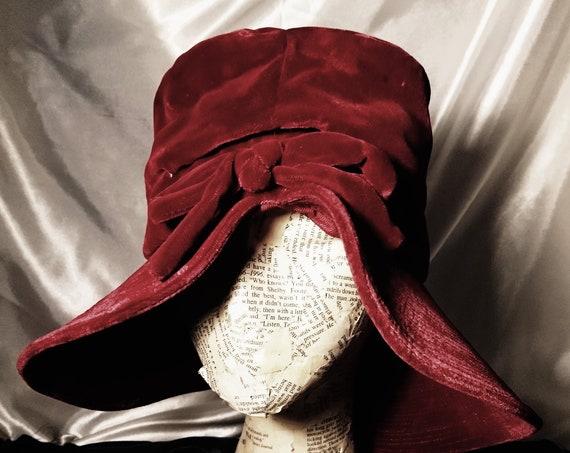 Vintage 40's velvet hat, wine red picture hat