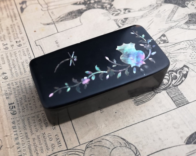 Antique snuff box, Victorian papier mache, inlaid abalone, dragonfly
