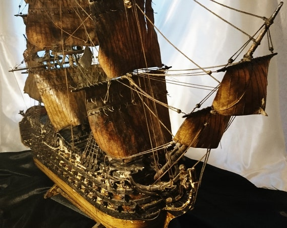 Antique model ship, 18th century naval warship, galleon, frigate, scale model boat