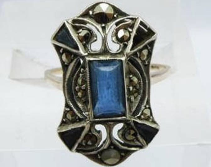 Vintage Art Deco 9ct / 9kt gold blue spinel and marcasite dress ring, beautiful early 1920's cocktail ring