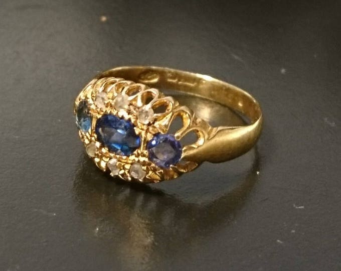 Beautiful antique 18ct gold / 18kt gold sapphire and white stone ring, antique estate gold ring