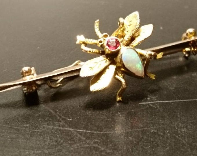 Antique Opal and Ruby bee brooch, 9ct /9kt gold, Victorian insect bar brooch