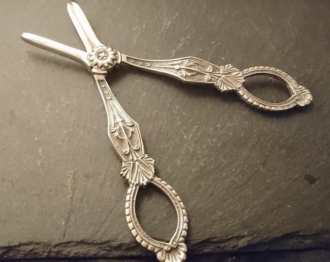 Antique silver plated grape shears, decorative, grape scissors, Walter Trickett