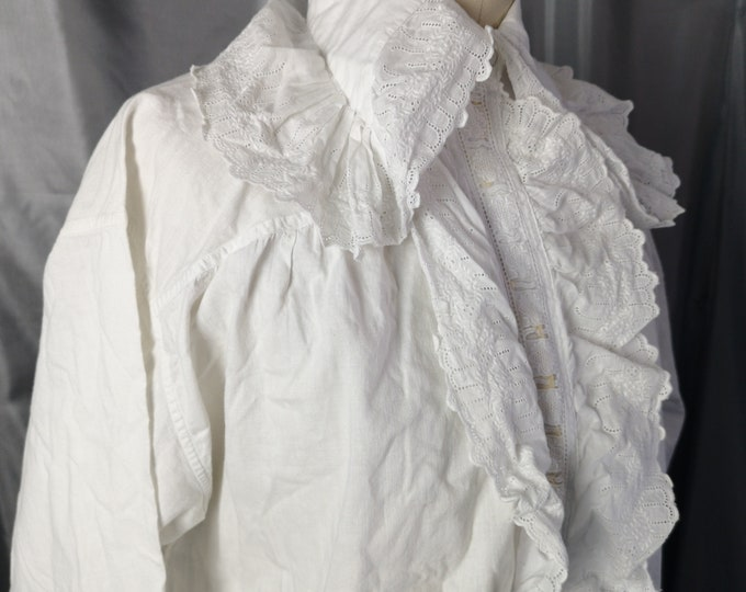 Antique nightgown, Edwardian white cotton and broderie anglaise, antique nightdress