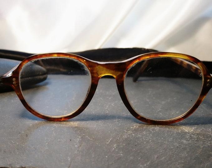 Vintage 1930's spectacles, round frame, original case, faux tortoiseshell, 20's glasses
