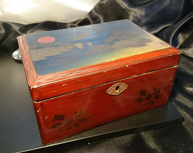 Antique laquerware jewellery box, hand painted, shabby chic, early 20th century laquer box