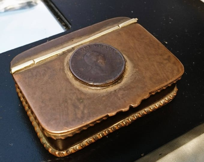 Rare Georgian copper and brass snuff box set with a George III 1799 half penny collectable antique snuff box, gilt lined
