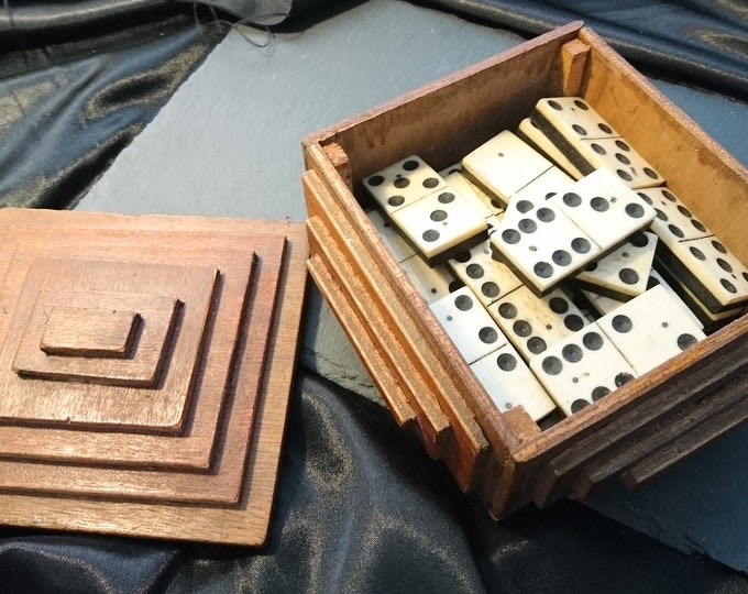 Antique bone dominoes, large dominoes, bone and ebony, wooden box