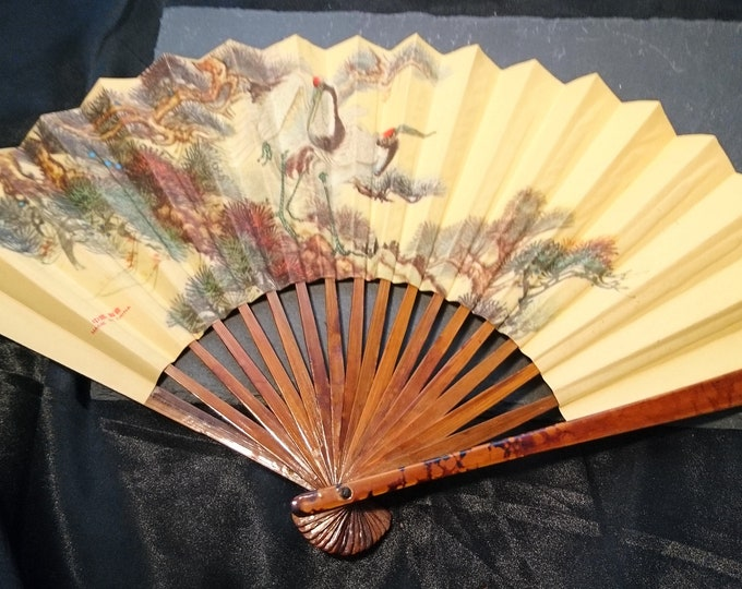 Vintage 40's hand fan, oriental, Chinese cranes, accordion fan, faux tortoiseshell