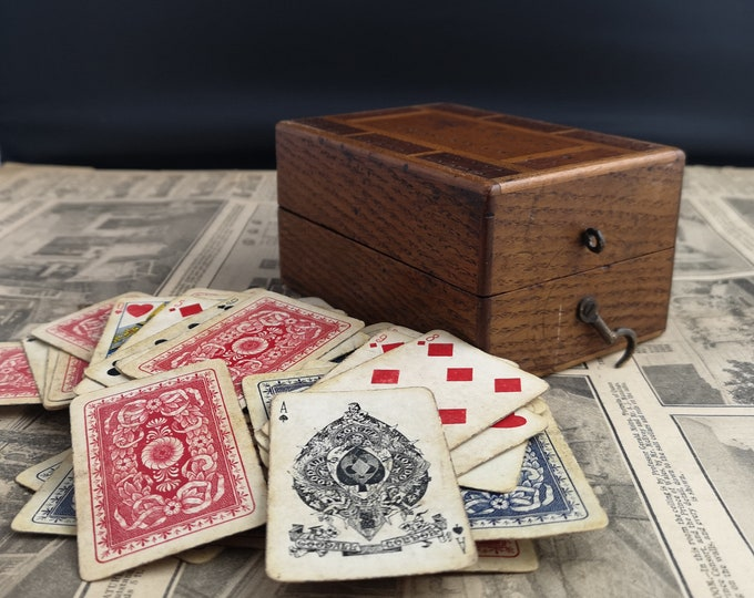 Antique Cribbage box, Victorian playing cards, Chas Goodall, inlaid box
