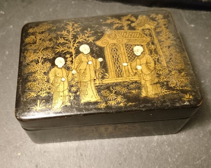Antique Victorian chinoiserie box, papier mache, gilt, hand painted Japanese scene, jewelry box, trinkets