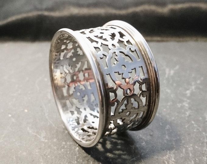 Antique silver plated napkin ring, filigree cut out, Edwardian era, napkin holder