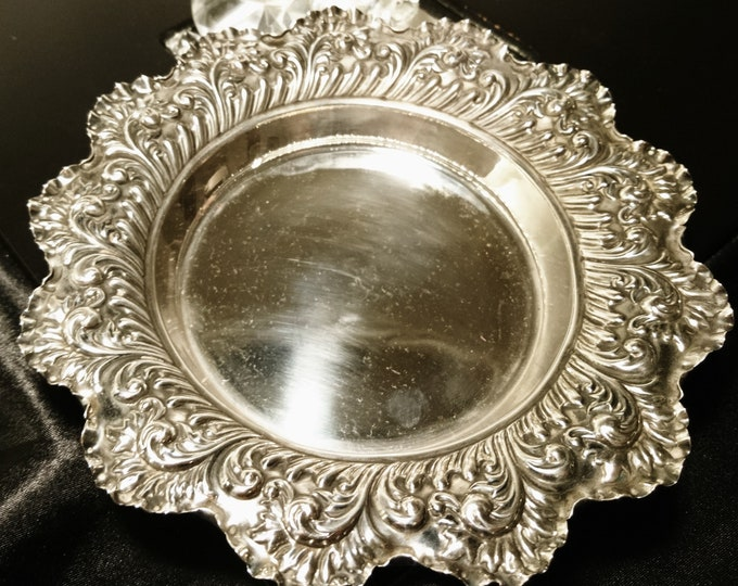 Antique sterling silver dish / centrepiece bowl, fully hallmarked, Victorian