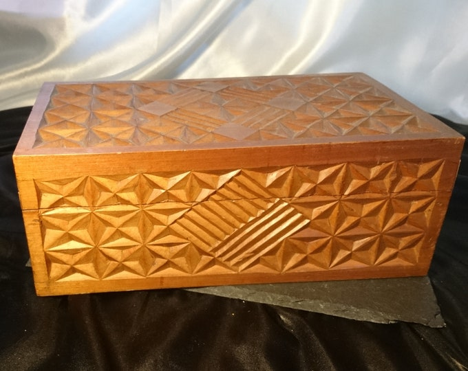 Large vintage humidor, cedar lined, cigar box, mosaic wood