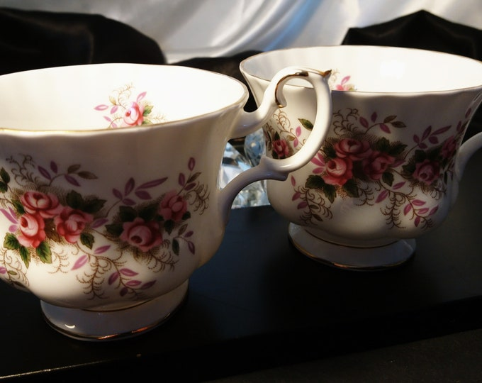 Vintage China tea cups, Royal Albert, fine bone China, Lavender Rose, set of 2, chintz teacup
