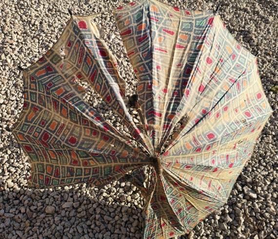 Antique chinoiserie parasol, French carved painted handle