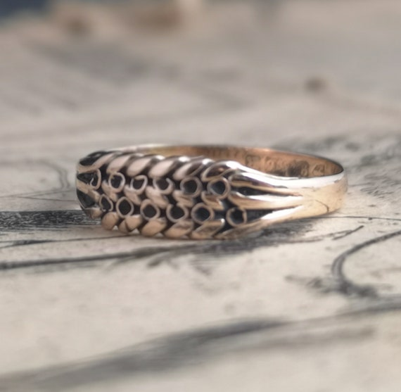 Antique Victorian keeper ring, 9ct Rose gold, knot ring