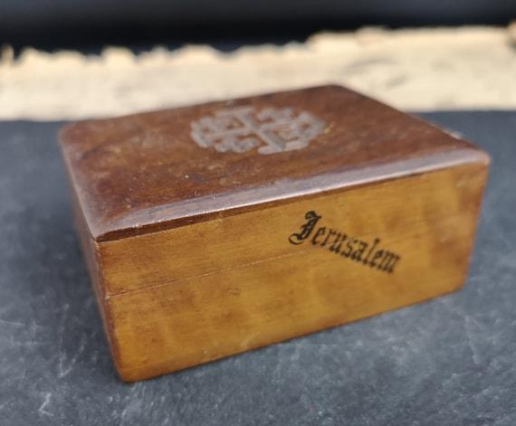 Vintage olive wood box, 50s, Jerusalem souvenir