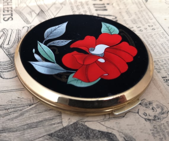Vintage 50's Stratton powder compact, red flower enamel cosmetic compact, mirror