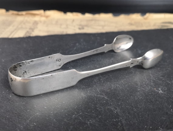 Antique sterling silver sugar tongs, early Victorian sugar nips