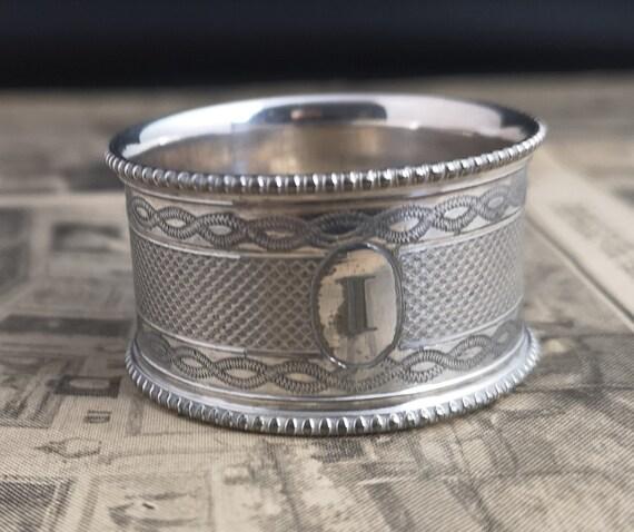 Antique silver plated napkin ring, Edwardian era, I monogram napkin holder