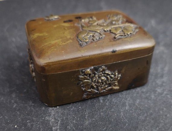 Antique copper snuff box, applied brass birds, Japanese