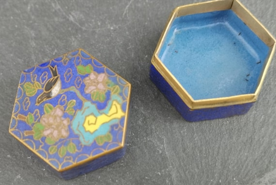 Vintage Chinese cloisonne pot, hexagonal, birds and clouds, pill box