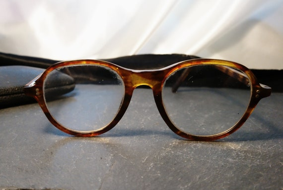 Vintage 1930's spectacles, round frame, original case, faux tortoiseshell, 20's glasses
