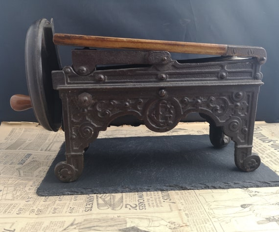 Antique tobacco slicer, cast iron, tobacciana