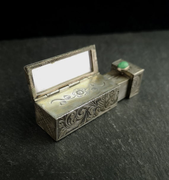 Vintage 20s silver travel lipstick compact