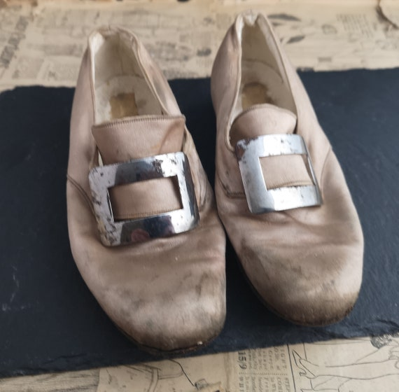 Antique childs silk shoes, buckle front