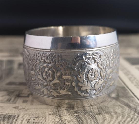 Antique silver plated napkin ring, Edwardian era, large napkin ring, napkin holder