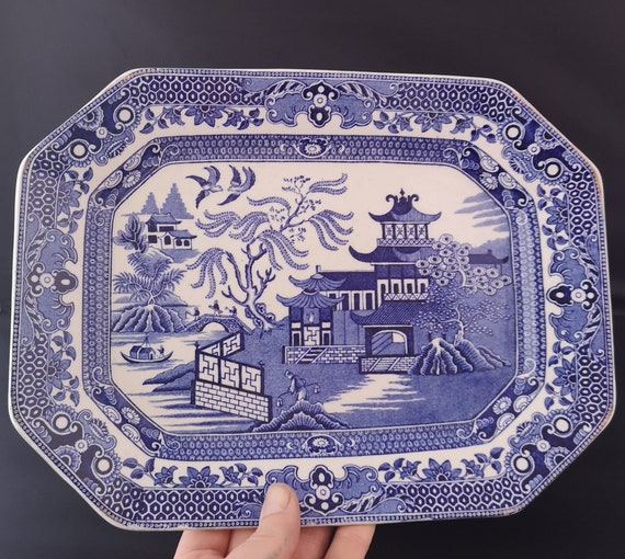 Vintage 30s blue and white platter, Burleigh Ware, Willow pattern plate