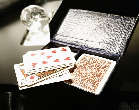 Vintage 20's patience game, cased miniature playing cards