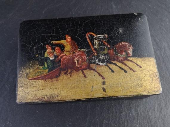 Antique Russian lacquer tobacco box, 19th century