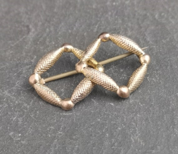Antique Victorian knot brooch, gold plated