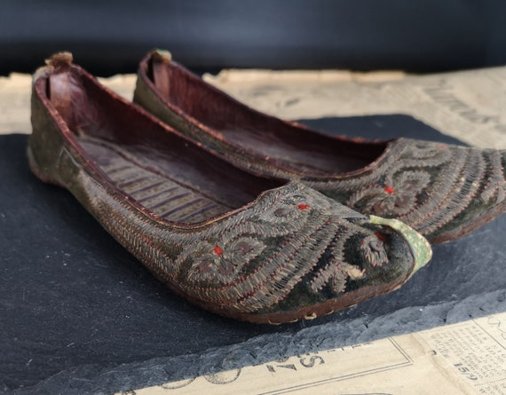 Antique Persian slippers, 19th century Ottoman shoes