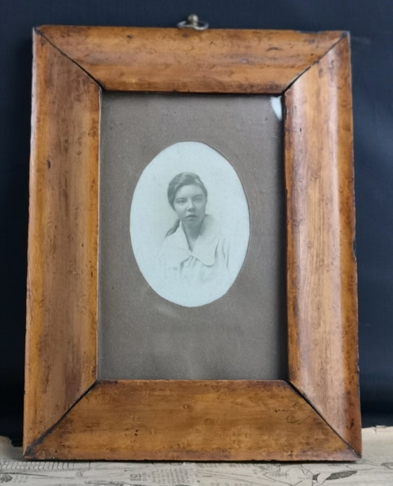 Antique Burr Walnut frame with Edwardian photograph