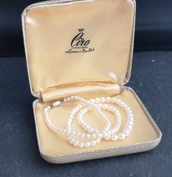 Vintage pearl necklace, 50s, 9ct white gold
