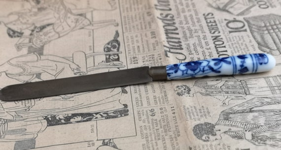 Antique Chinese paper knife, bronze, blue and white ceramic, paper knives