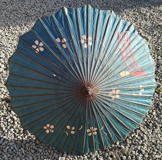 Antique Japanese parasol or Wagasa, rice paper and lacquered bamboo