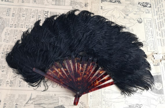 Vintage 1920's Black ostrich feather hand fan, Art Deco, faux tortoiseshell celluloid