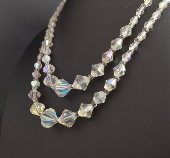 Vintage 40's Aurora Borealis glass bead necklace