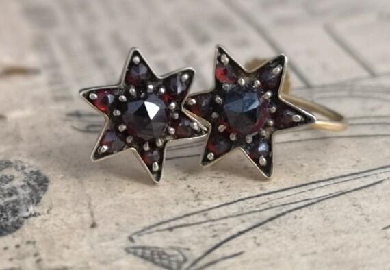Antique Victorian bohemian garnet earrings, star, 9ct gold screw back