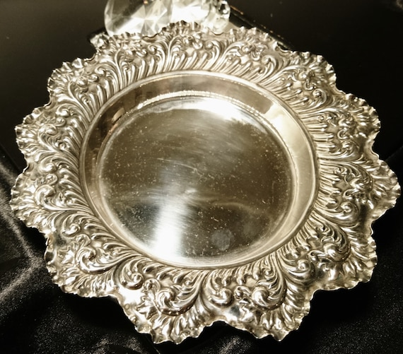 Antique sterling silver dish / centrepiece bowl, Victorian